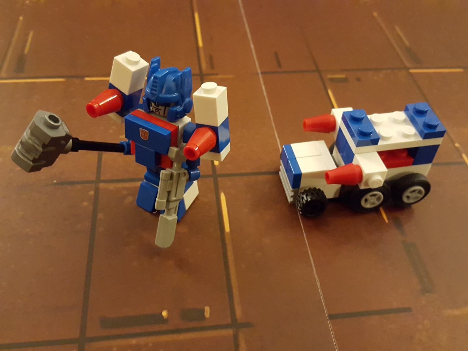Custom kreon transformers ultra magnus - Separation decorative entre 2 pieces ...